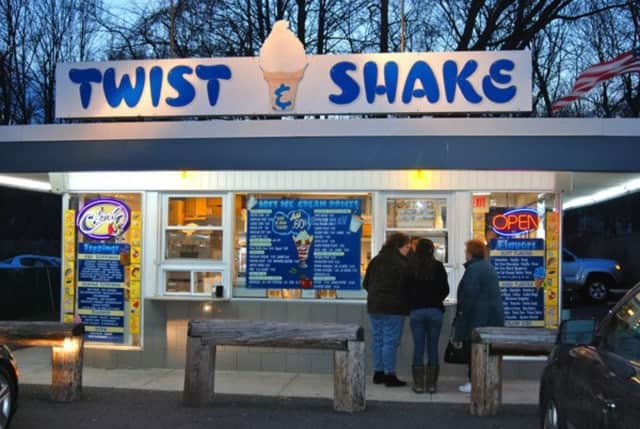 Twist & Shake in New City.