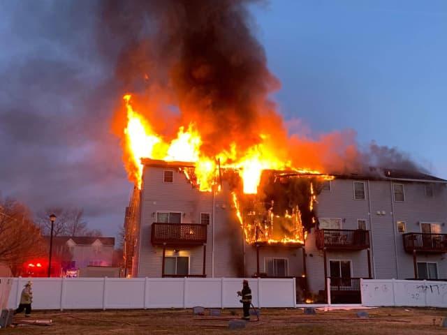 Video Flames Consume Lodi Townhouses Garfield Lodi Daily Voice