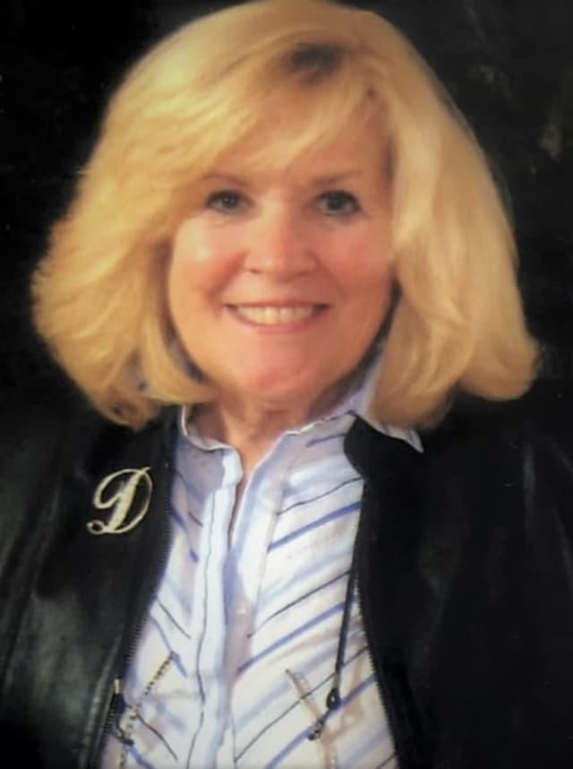 "Donna Salomone was called ""truly one of those people [who] deserve all the compliments -- beautiful inside and out."""