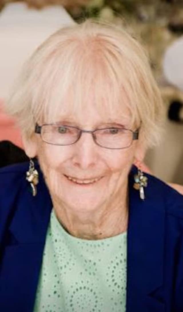 Aileen Carey Becker