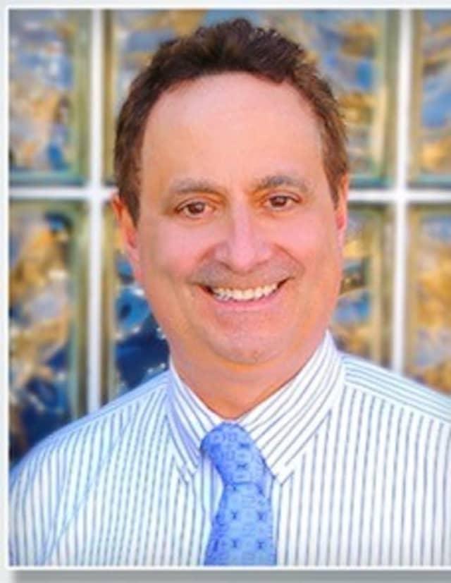 Dr. Donald Gary Gordon