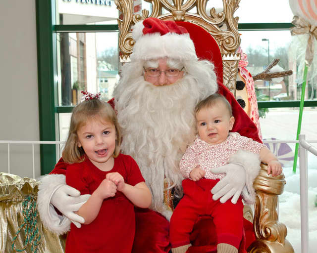 Sign up by Monday for Breakfast with Santa in Lewisboro.