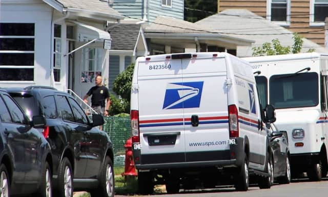 Agents from the DEA, FBI and U.S. Postal Inspection Service descended on the Wallington street where Fillipone worked.