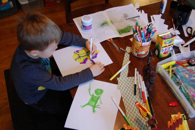 The Mahwah Library is hosting an arts and crafts event for children.
