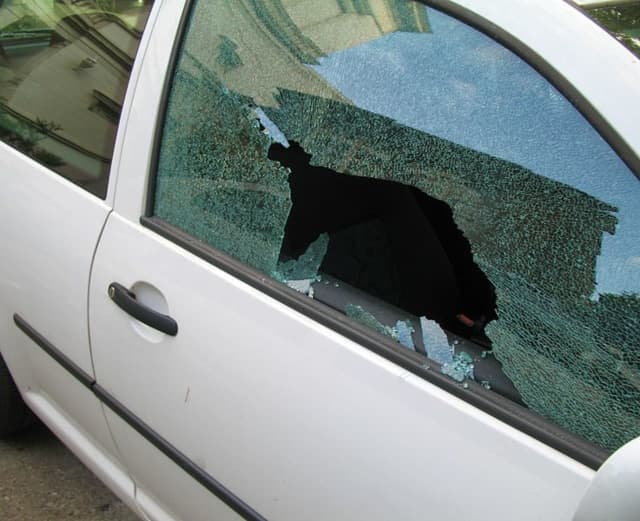Sixteen car windows were smashed overnight in Stamford