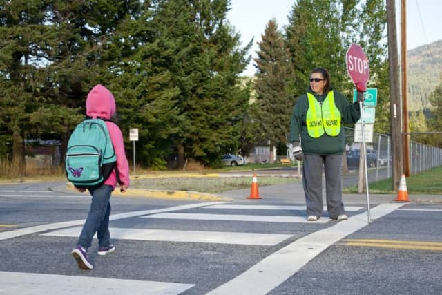 Edgewater needs substitute crossing guards.