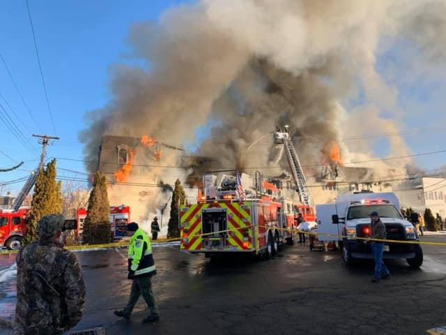 A fire ripped through a Netcong building Sunday morning.