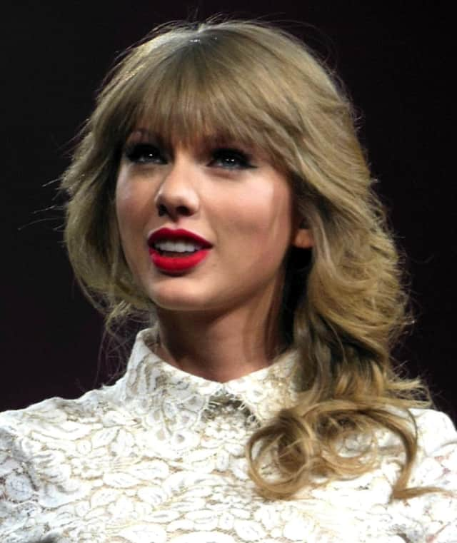 Taylor Swift is coming to MetLife Stadium in July.