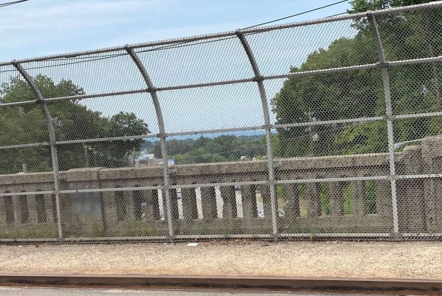 Route 46 overpass facing west on Outwater Lane in Garfield.