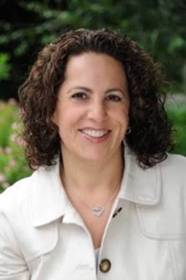 Leslie Riback, a Realtor, has been appointed to the Board of Assessment Appeals in Weston.