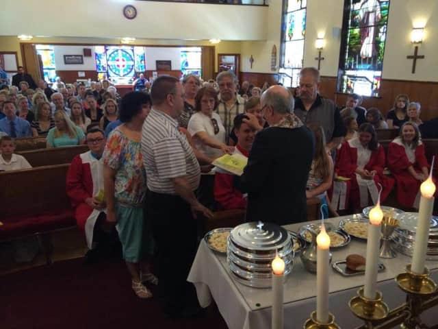 Carlstadt First Presbyterian Church will host a breakfast buffet on Nov. 22.