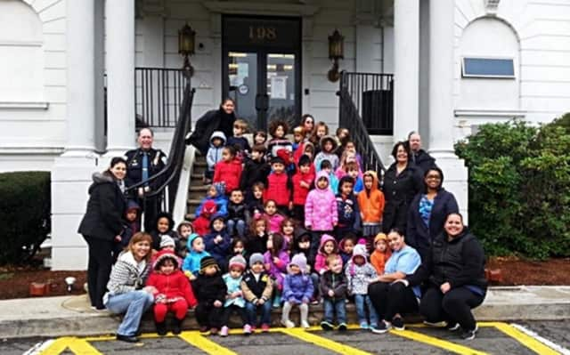 A Star is Rising students visit the Bergenfield Police Department in late 2015.
