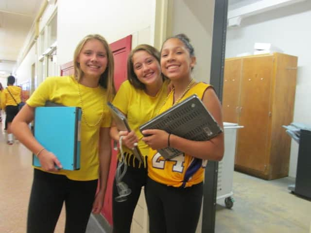 Students at Ridgewood's BFMS wore gold for pediatric cancer.