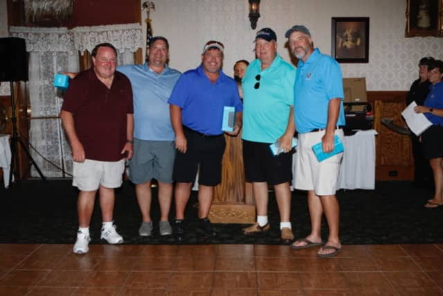 Bon Secours Community Hospital Golf Outing Chair and Bon Secours Community Hospital Foundation board member Dick McKeeby pictured (at left) with the winning foursome from Catskill Oral Surgery, led by Dr. Karl Krause.
