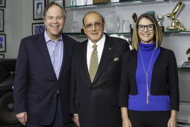 From left, founder John Farr and  five-time Grammy-award winner Clive Davis with Bedford Playhouse Board Chairwoman Sarah Long.