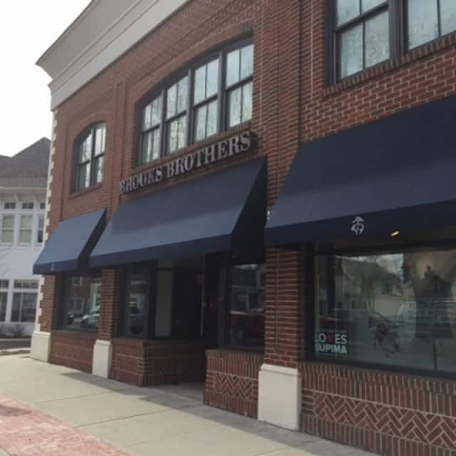 Darien police are seeking a shoplifting suspect who has been targeting the Brooks Brothers store in Darien.