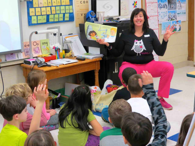 Carrie E. Tompkins Elementary School students in Croton-on-Hudson were treated to a visit from local pediatric dentist Dr. Meredeth Glenn on Feb. 24.