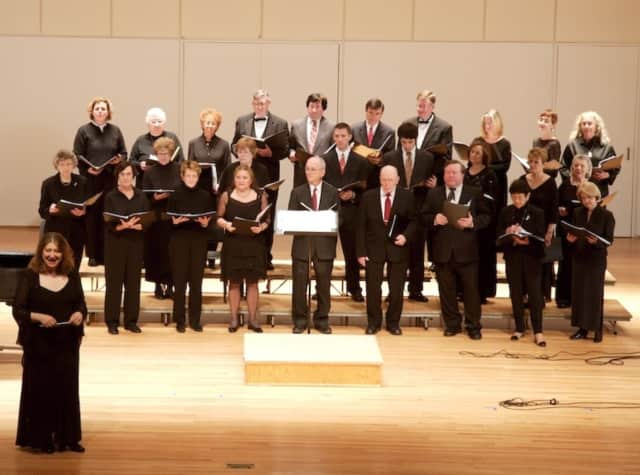 Marlane Tubridy, director of the Cantiamo Choir, will lead a Lenten concert at St. Francis of Assisi Church March 19.