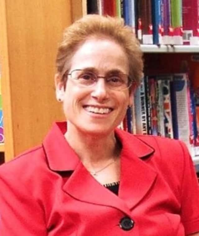 Carol Simon Levin