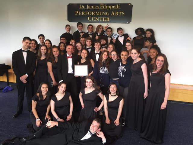 The Walter Panas High School Chamber Choir