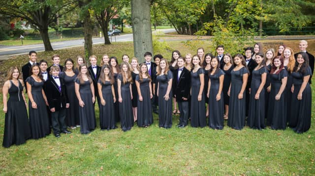 Members of 2016 Pascack Valley High School Chamber Choir.