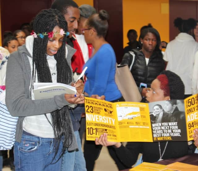 Mount Vernon High School hosts a successful College Fair for students.