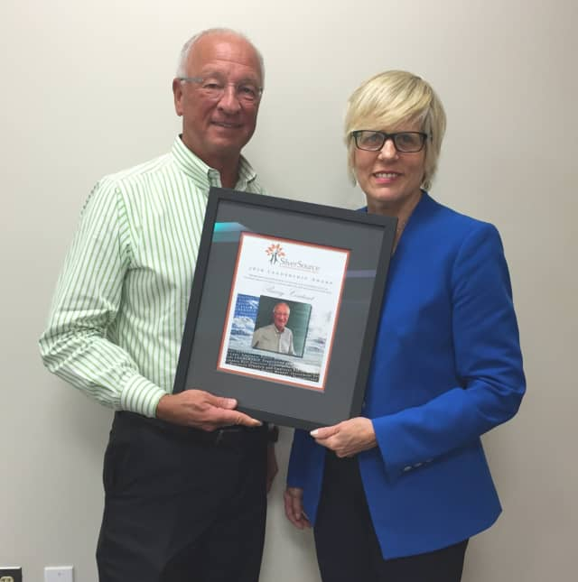 SilverSource board member Barry Coutant recently received the 2016 SilverSource Leadership Award.
