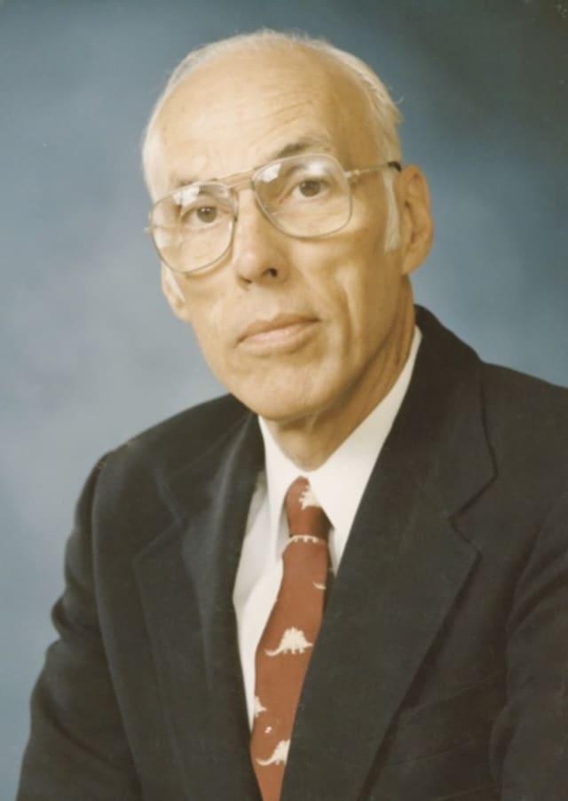 Dr. Robert Appleby