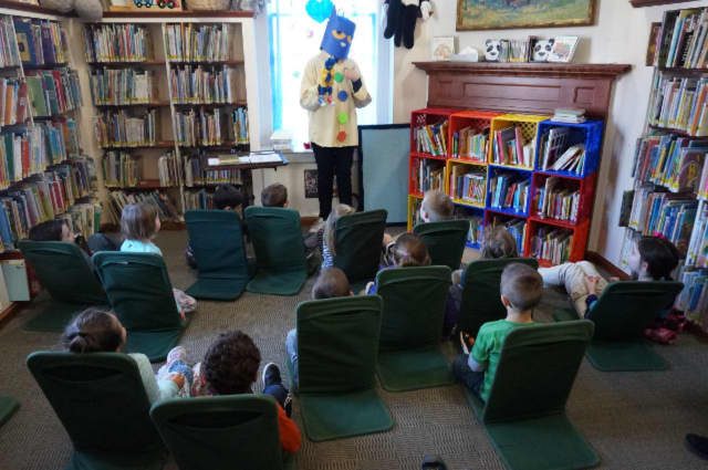 Pete the Cat delights children at the Pawling Free Library on Saturday, Feb. 26.