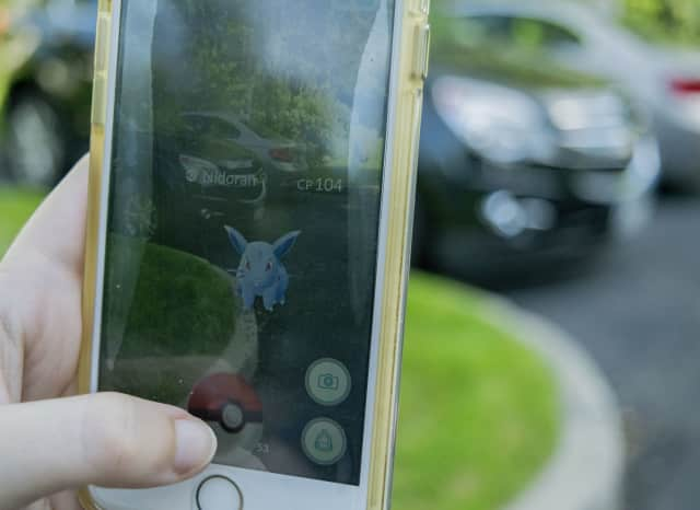 Supermarkets are luring Pokemon Go players to their stores with Pokestops and opportunities to win gift cards.