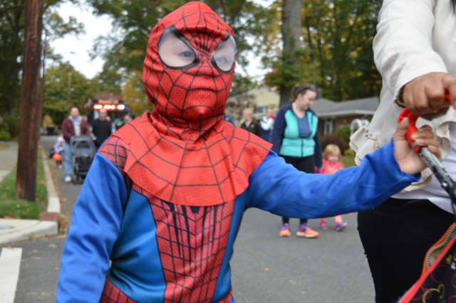 The Mahwah Library has afternoon Halloween programs for kids Oct. 27-28.