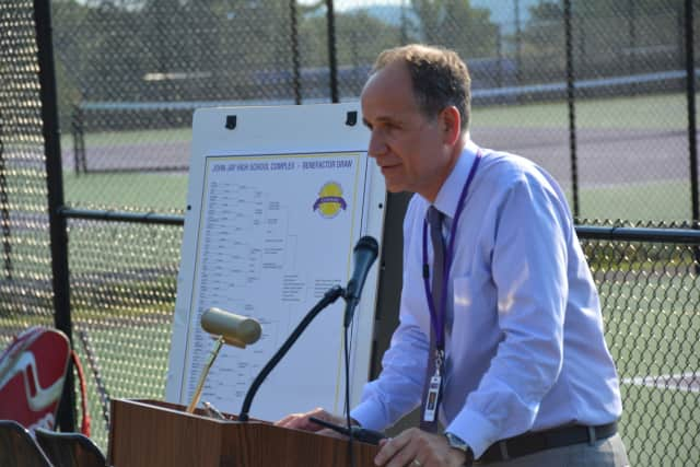 Katonah-Lewisboro Schools Superintendent Andrew Selesnick