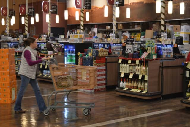 Dumont retailers can now sell alcohol at 11 a.m. on Sundays.