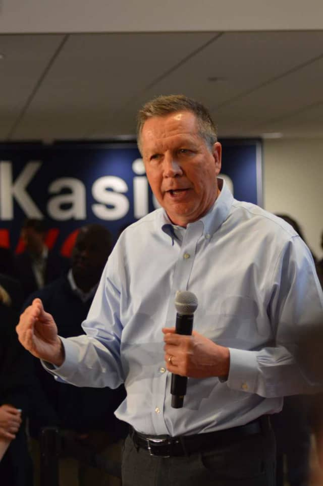 GOP presidential hopeful John Kasich speaks to a crowd of about 1,000 at Fairfield's Sacred Heart University Friday.
