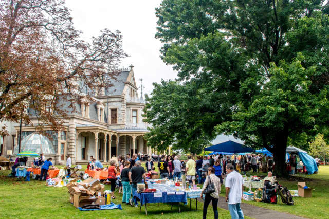 The annual Old-Fashioned Flea Market will return Sept. 18 to Norwalk's Lockwood-Mathews Mansion Museum.