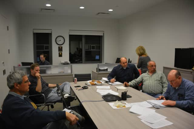 The Millwood Board of Fire Commissioners voted on Monday to table a proposed contract with cell-tower developer Homeland Towers.