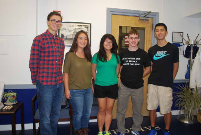 Hendrick Hudson High School seniors Maximilian Borchardt, Danielle Guida, Connor Anderson and Jonathan Chung were named 2017 National Merit Scholarship Commended Students and senior Wendy Yu, center, was named a semifinalist.