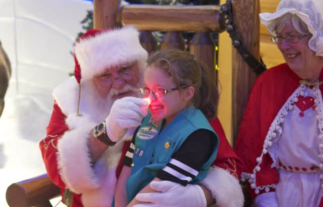 Santa will be making a Black Friday visit to the Boulder Run Shopping Center in Wyckoff.
