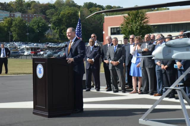 Sikorsky President Dan Schultz outlines a plan to keep the company headquarters in Stratford.