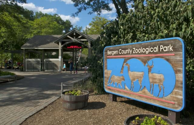 The entrance to the Bergen County Zoo.