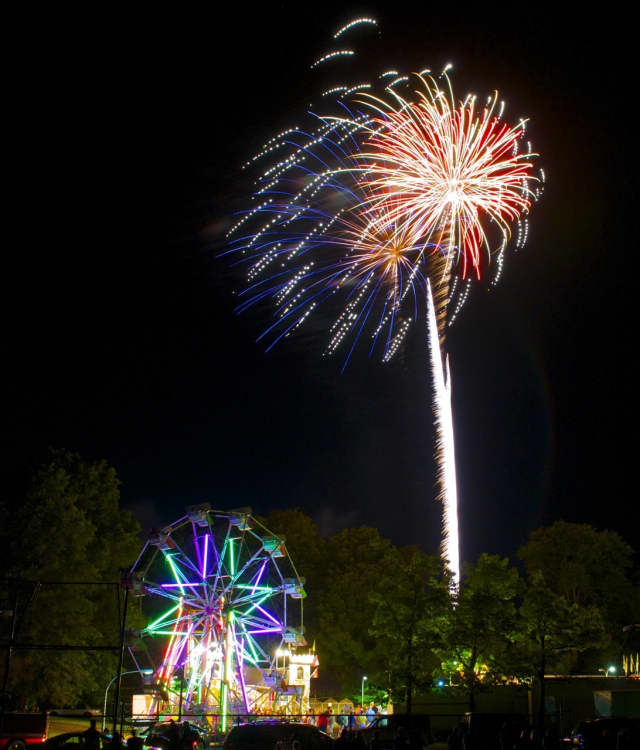 Fireworks will fill the skies over Fairfield beginning at 9:15 p.m. on Saturday, July 2.