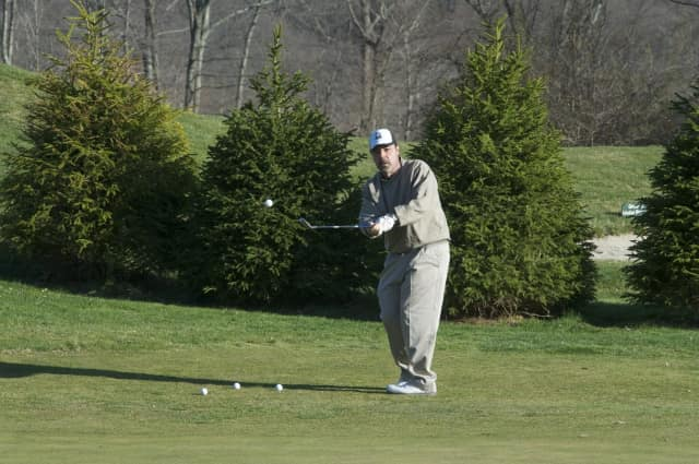 The Carlstadt Education Association is raising money for scholarships with its annual golf outing.