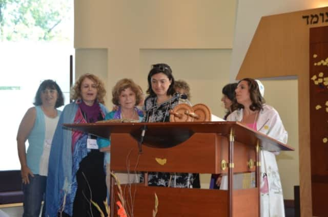 There will be a Women Cantors' Network conference in Ridgefield.