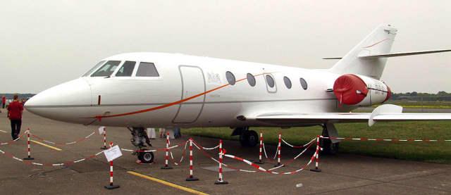 Dassault Falcon 20.
