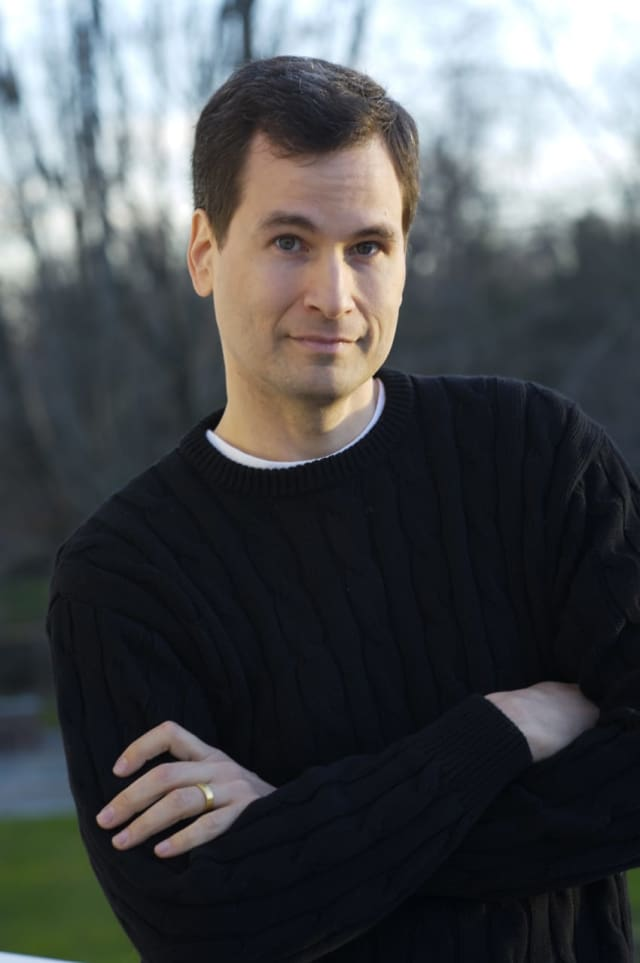 Westport author David Pogue will offer financial tips and sign copies of his new book at the Westport Public Library on Dec. 10.