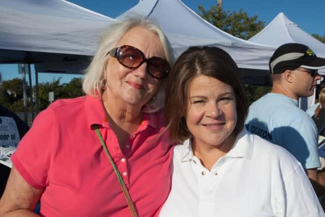 Sandra Tripodi (right)