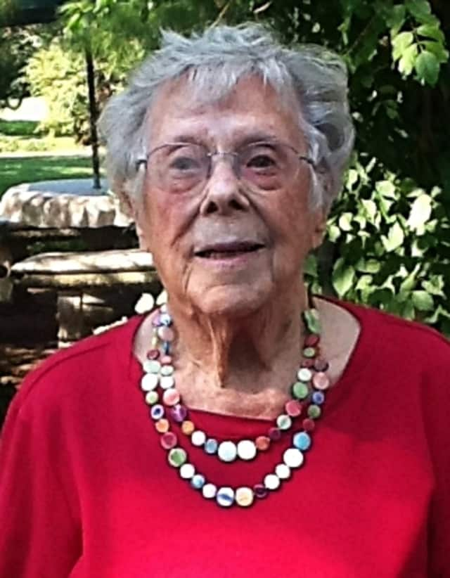 Doris Andrews Weiss