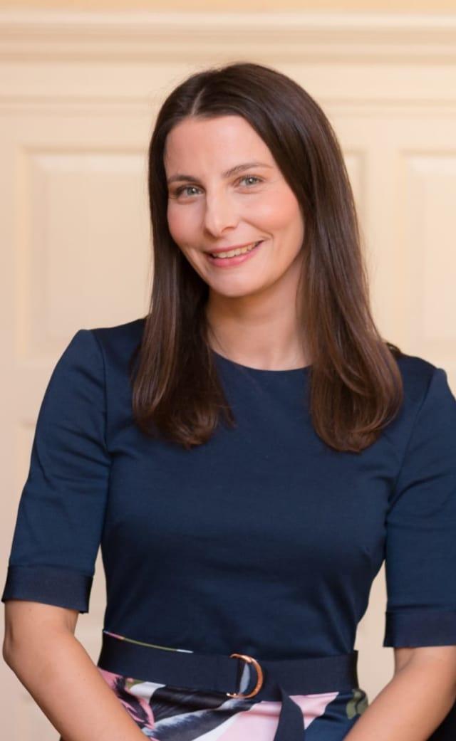 Dr. Elizabeth Teracino