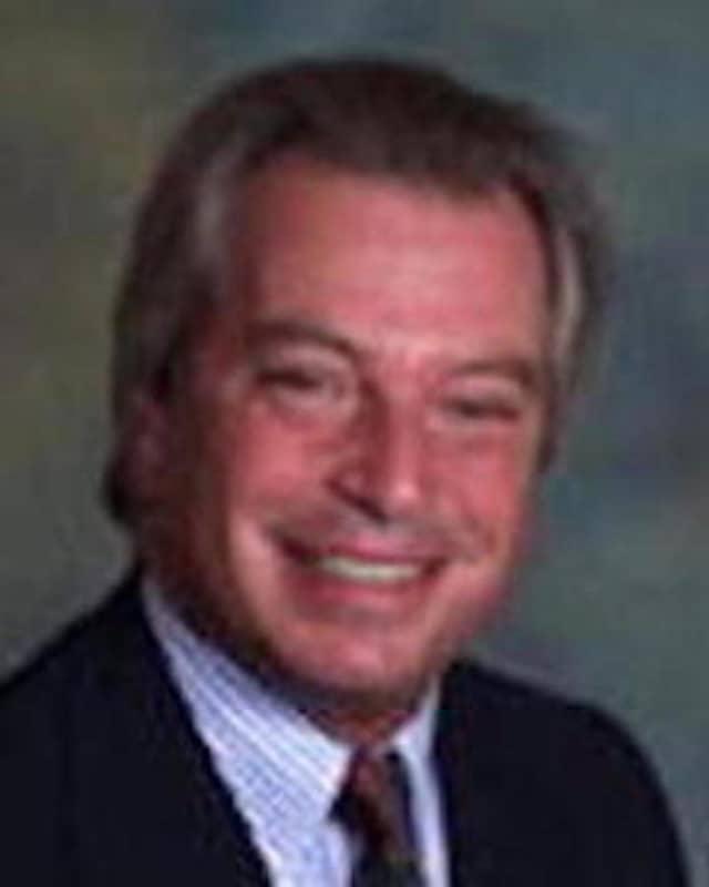 Dr. Thomas Apuzzo