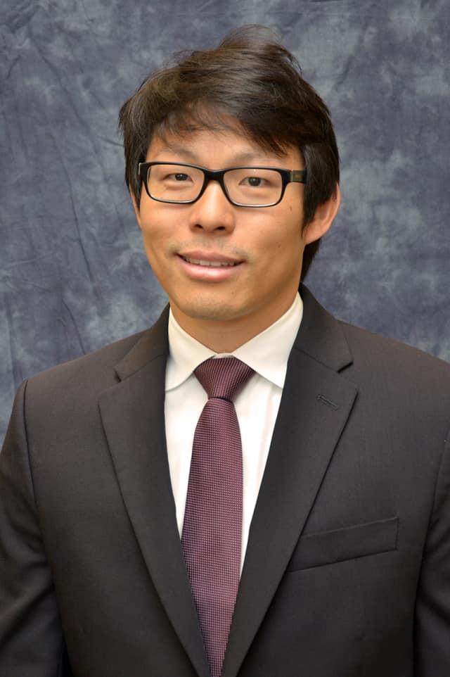 Dr. Vincent Huang